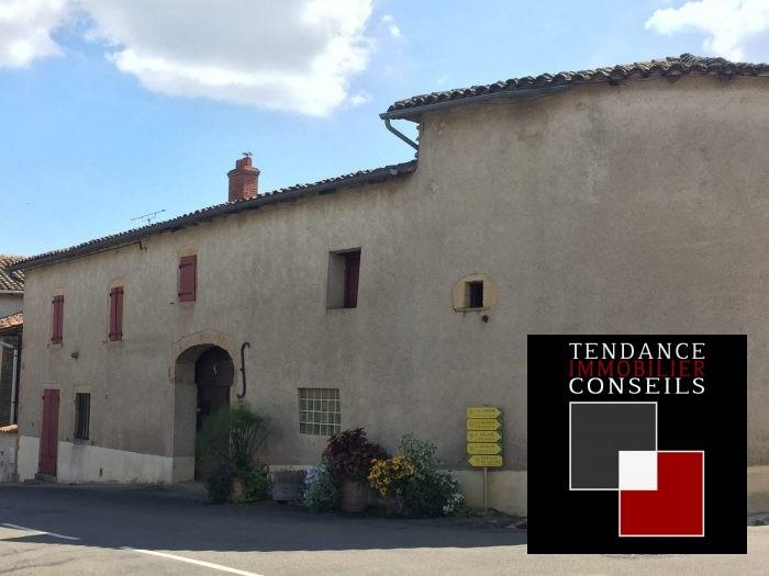 Sale house / villa Loché 147000€ - Picture 1