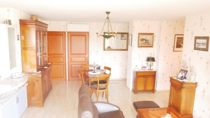 Deluxe sale apartment Gorges 239 900€ - Picture 4