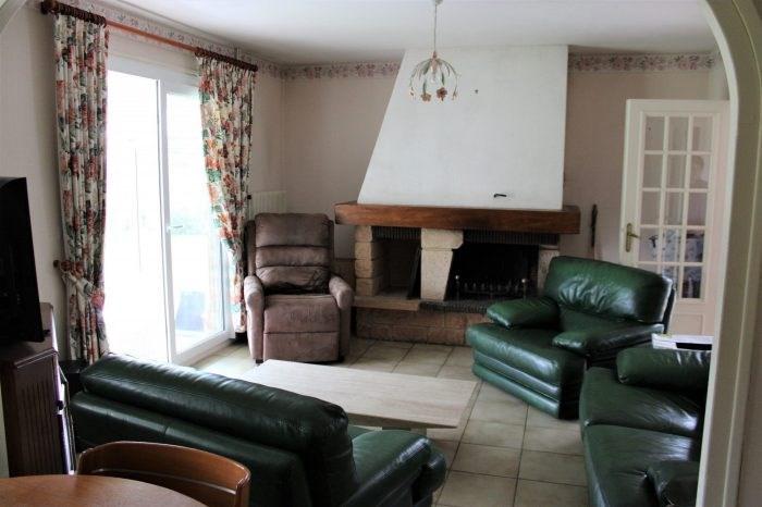 Sale house / villa Pressagny l'orgeuilleux 164000€ - Picture 4