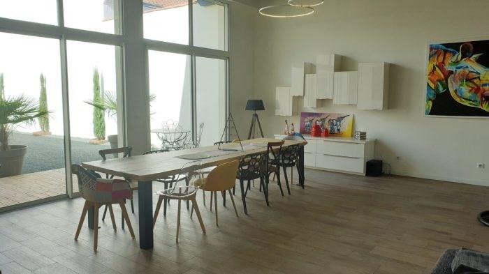 Deluxe sale house / villa La roche-sur-yon 599872€ - Picture 2
