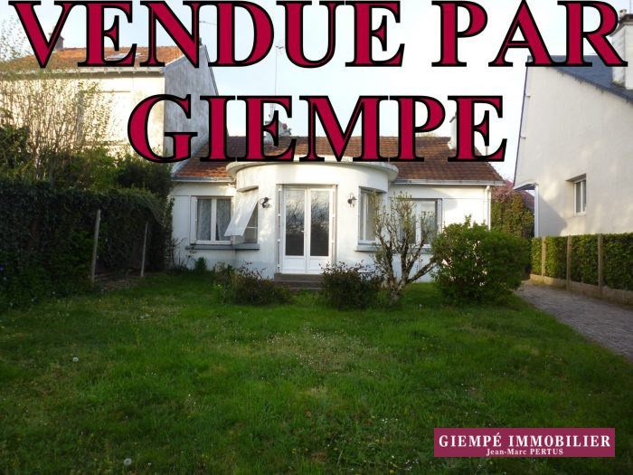 Sale house / villa Nantes 310 500€ - Picture 1