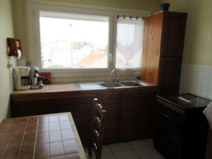 Sale apartment La roche-sur-yon 88400€ - Picture 3