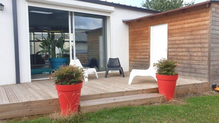 Deluxe sale house / villa La roche-sur-yon 599872€ - Picture 8
