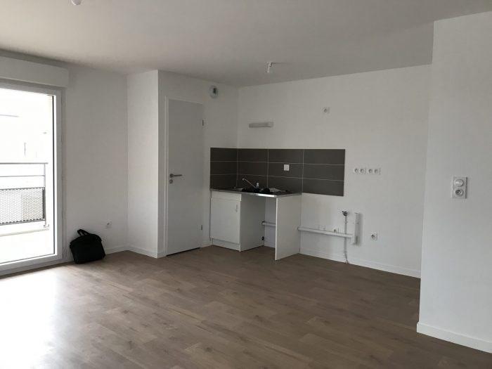 Rental apartment Clisson 662€ CC - Picture 1
