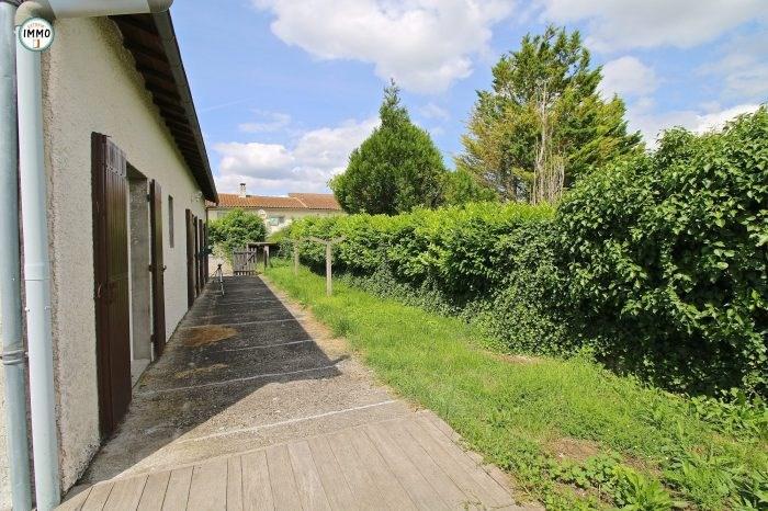 Sale house / villa Saint-dizant-du-gua 124660€ - Picture 2