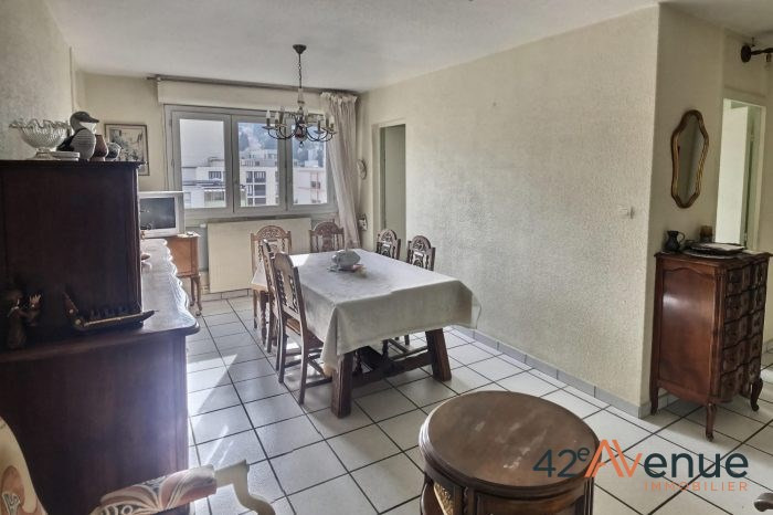 Sale apartment St-etienne 65000€ - Picture 2