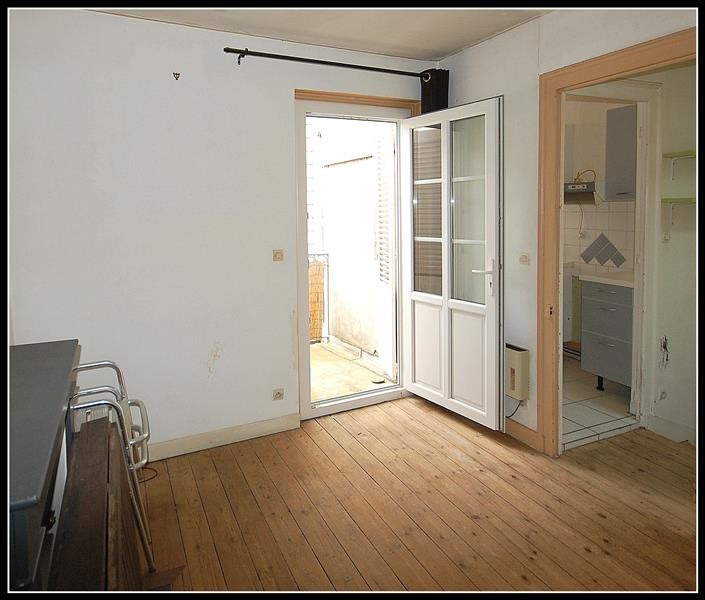 Sale building La rochelle 420 000€ - Picture 2