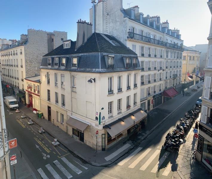 Sale apartment Paris 11ème 950000€ - Picture 2
