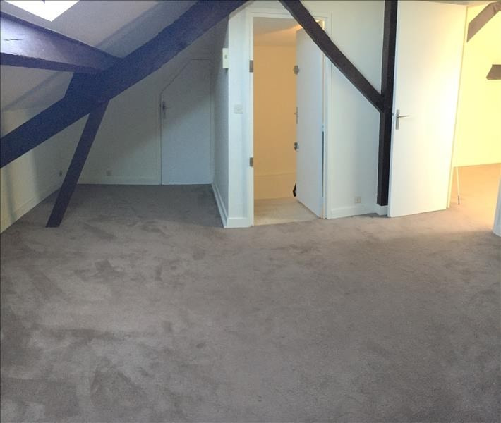Location appartement Rueil malmaison 807€ CC - Photo 2