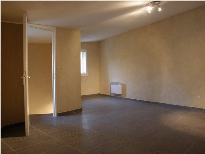Vente maison / villa St gilles 67000€ - Photo 4