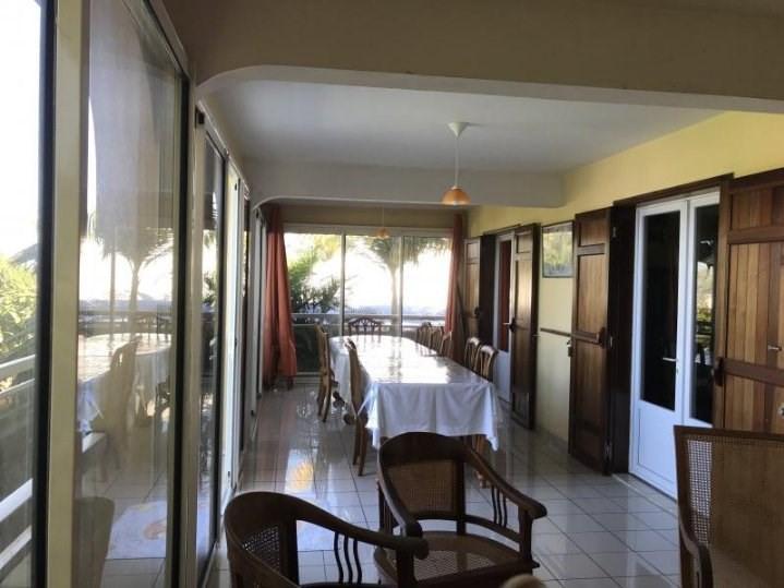 Sale house / villa Petite ile 378000€ - Picture 4