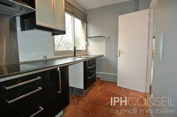 Sale apartment Neuilly sur seine 710000€ - Picture 3