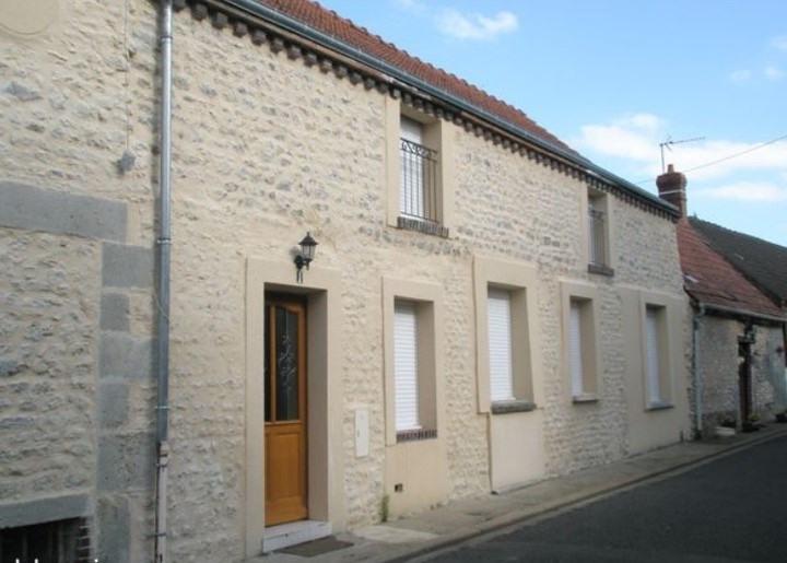 Sale building Voves 291500€ - Picture 1