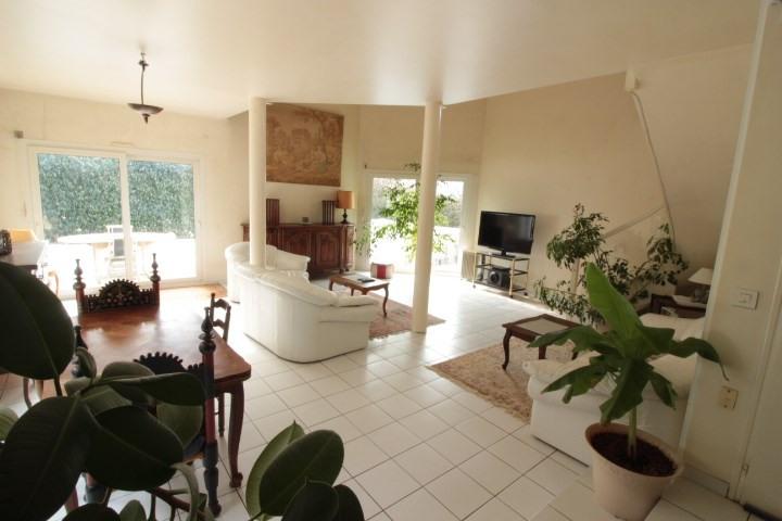 Deluxe sale house / villa Prevessin moens 635000€ - Picture 2