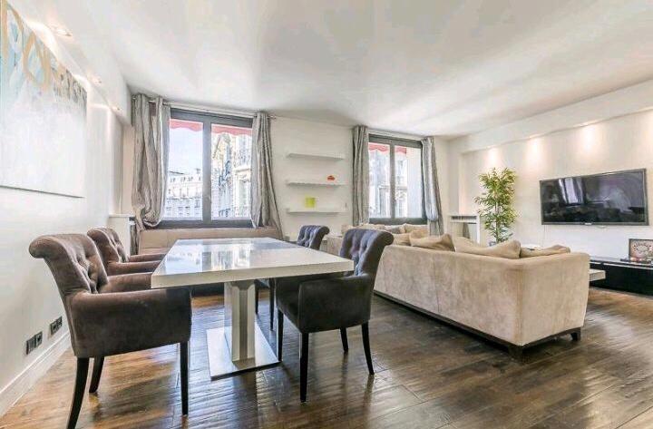 Location appartement Paris 16ème 3500€ CC - Photo 2