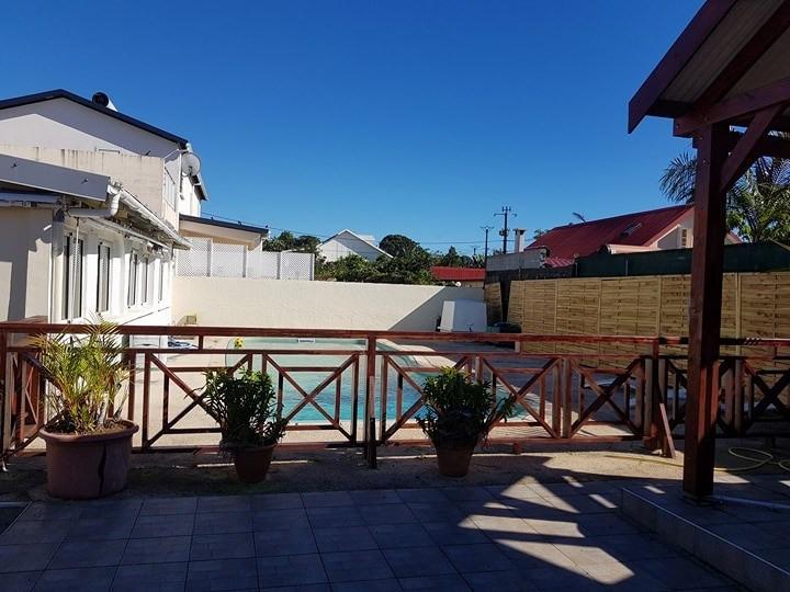 Vente maison / villa Ste suzanne 237000€ - Photo 2