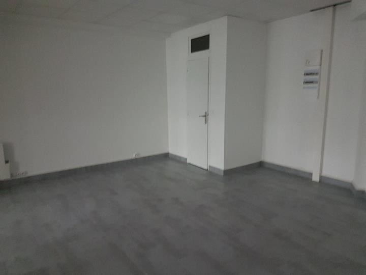 Location local commercial Romainville 500€ HT/HC - Photo 4