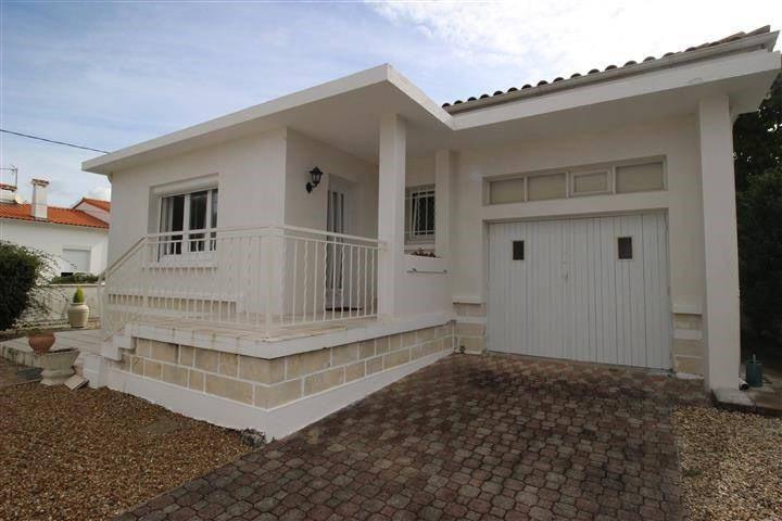 Sale house / villa Saint georges de didonne 357000€ - Picture 2