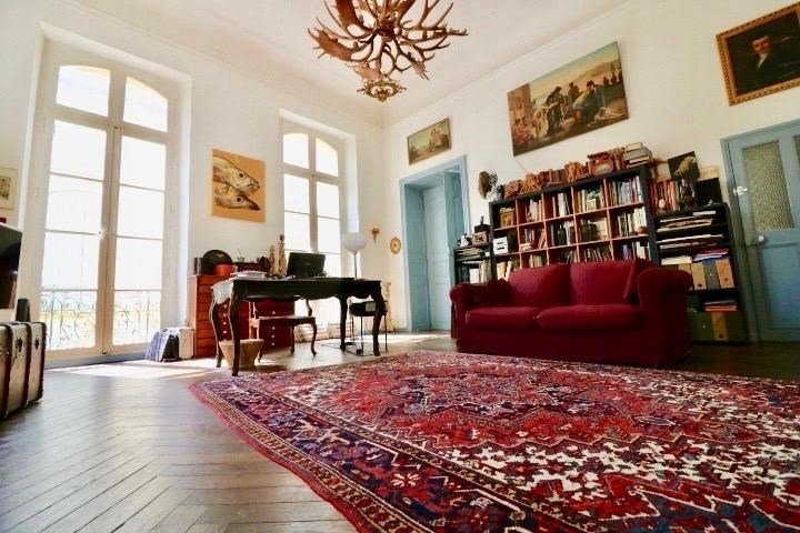 Deluxe sale apartment Arles 680000€ - Picture 2