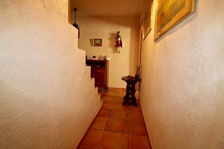 Sale apartment Arles 255 000€ - Picture 5