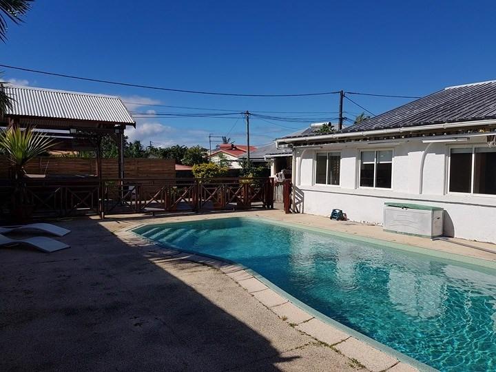 Sale house / villa Ste suzanne 249000€ - Picture 1