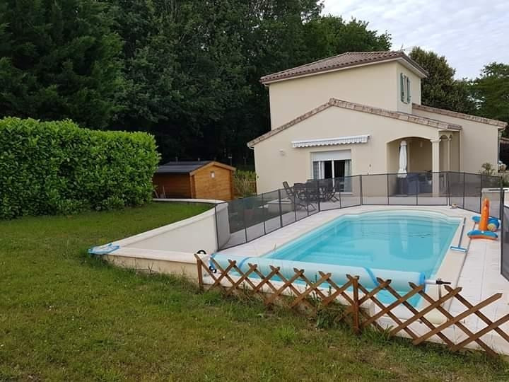 Sale house / villa Douzillac 243 000€ - Picture 1