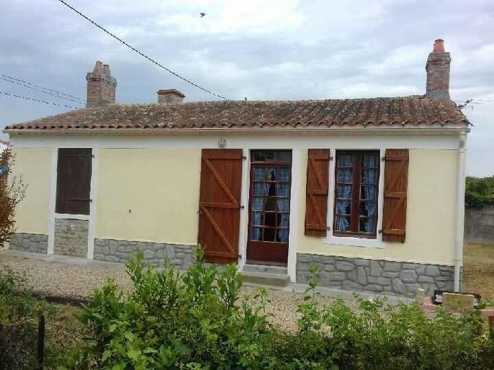 Vente maison / villa St vincent sur jard 166400€ - Photo 1