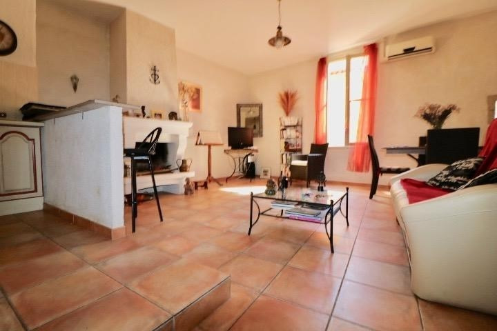 Sale apartment Arles 255 000€ - Picture 2