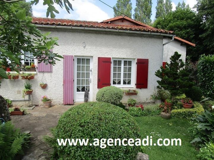 Vente maison / villa Saivres 223600€ - Photo 1