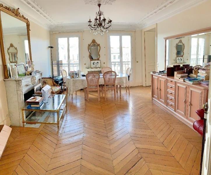Deluxe sale apartment Paris 11ème 1250000€ - Picture 3
