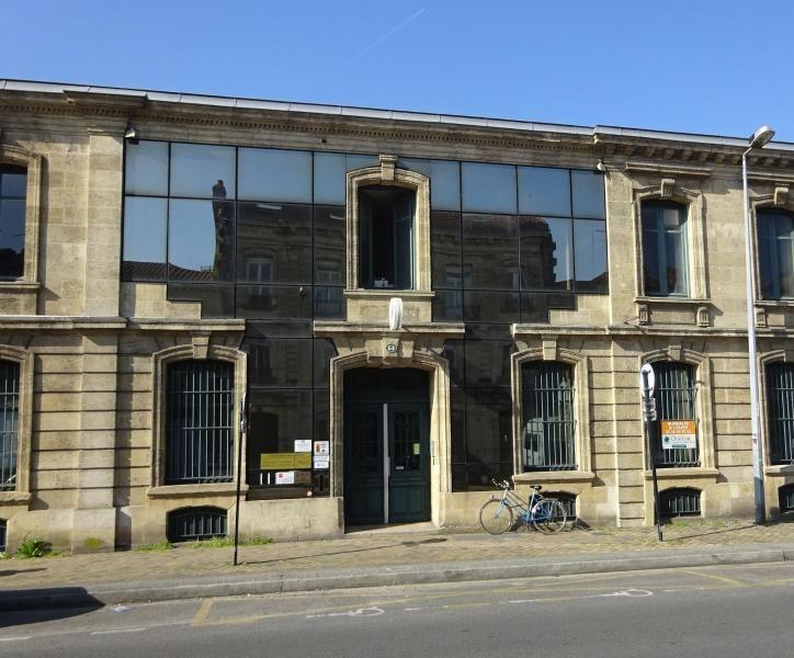 Location bureau Bordeaux 3295€ CC - Photo 1