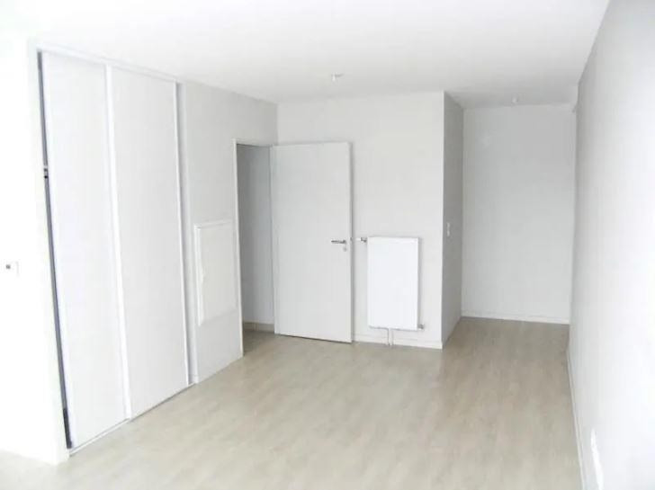 Location appartement Chasseneuil du poitou 430€ CC - Photo 2