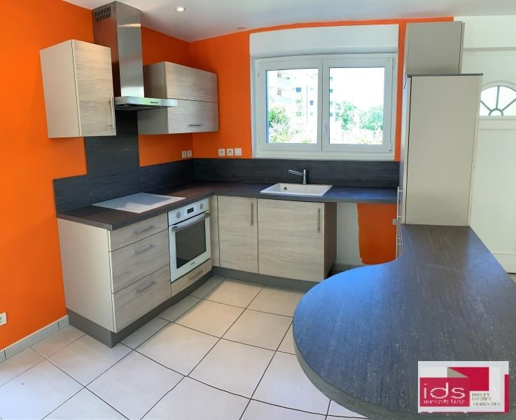 Rental house / villa La ravoire 990€ CC - Picture 2