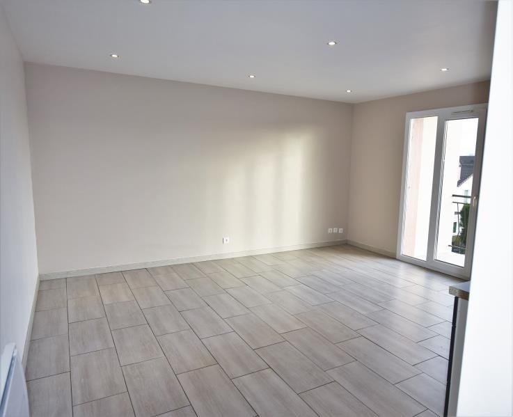 Rental apartment Houilles 840€ CC - Picture 2