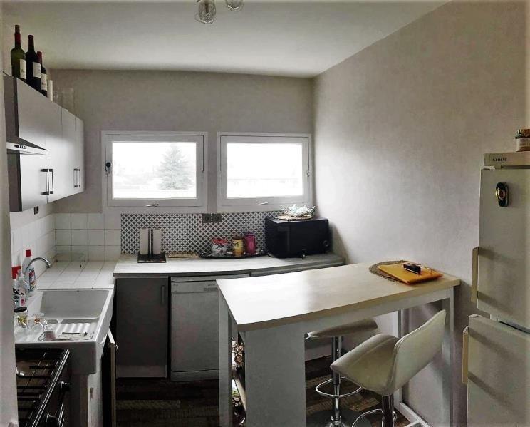 Sale apartment Libourne 104800€ - Picture 2