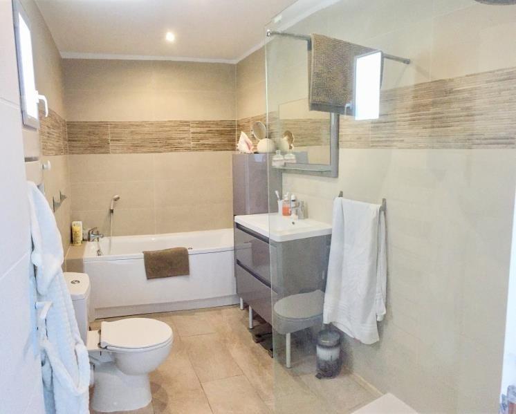 Sale house / villa Toulon 465000€ - Picture 5