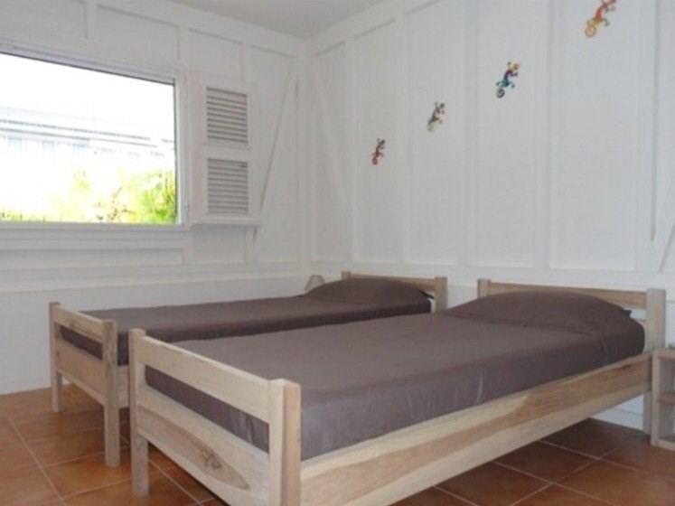 Sale house / villa Ste anne 491150€ - Picture 8