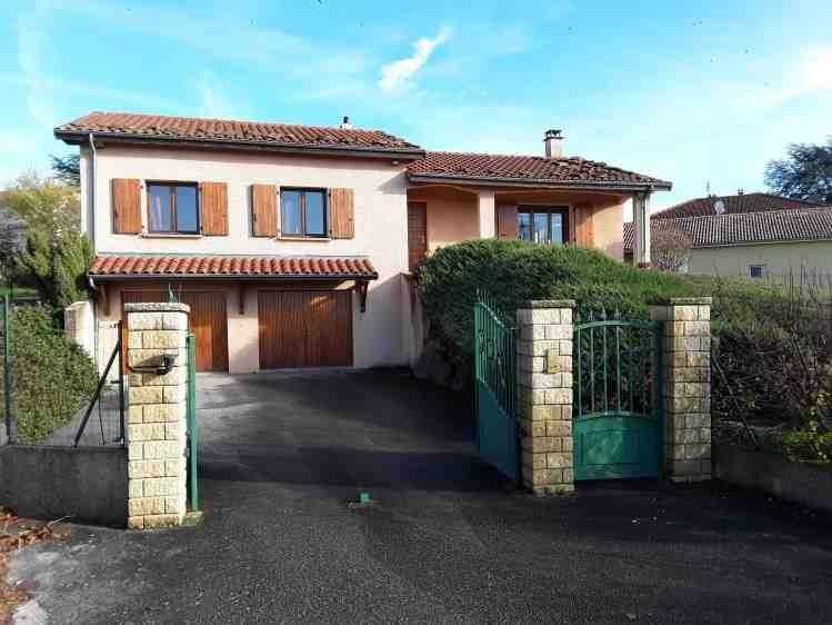 Revenda casa Treves 295000€ - Fotografia 1