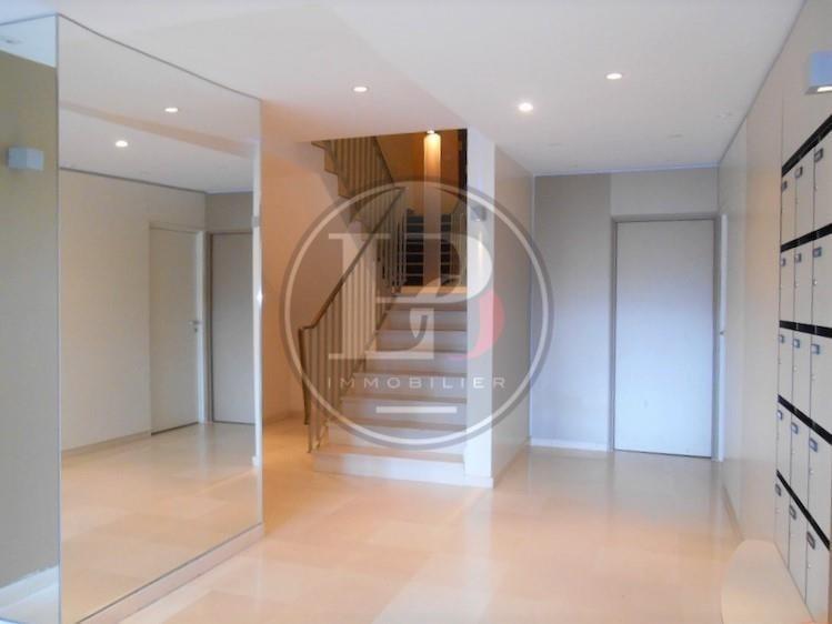 Rental apartment L etang la ville 1950€ CC - Picture 1