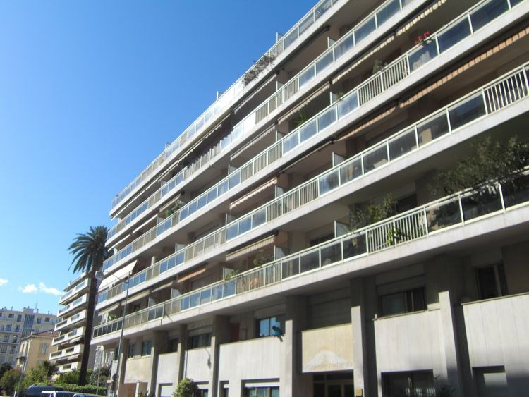 Investment property apartment Nice 169 000€ - Picture 2