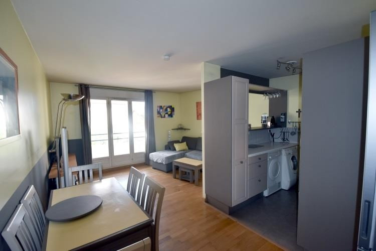 Sale apartment Sartrouville 259 000€ - Picture 1