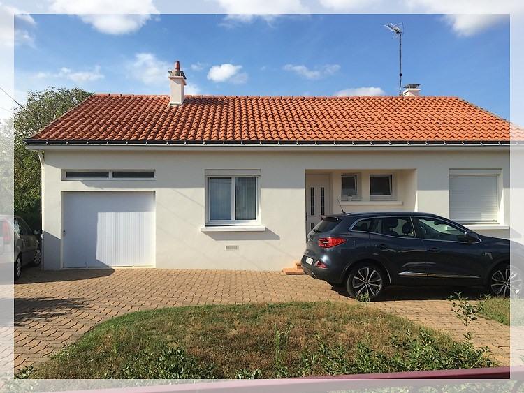 Rental house / villa Saint-géréon 750€ CC - Picture 1
