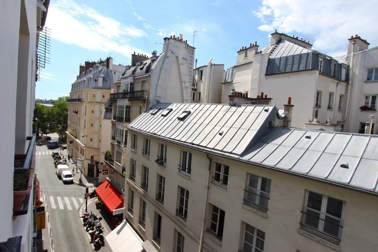Sale apartment Paris 1er 435000€ - Picture 7