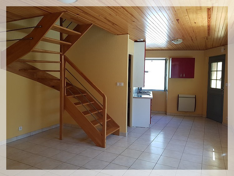 Location maison / villa Bouzille 520€ CC - Photo 3