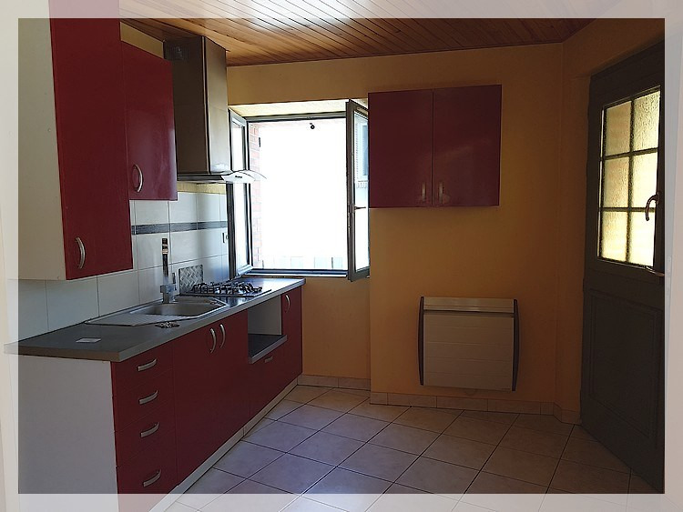 Location maison / villa Bouzille 520€ CC - Photo 4