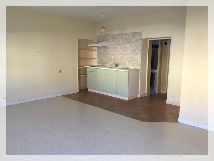 Rental apartment Champtoceaux 315€ CC - Picture 2