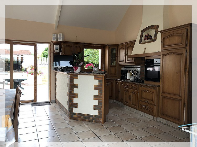 Sale house / villa Varades 272480€ - Picture 3
