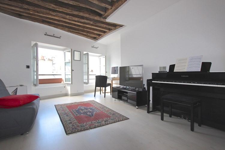 Sale apartment Paris 1er 435000€ - Picture 1