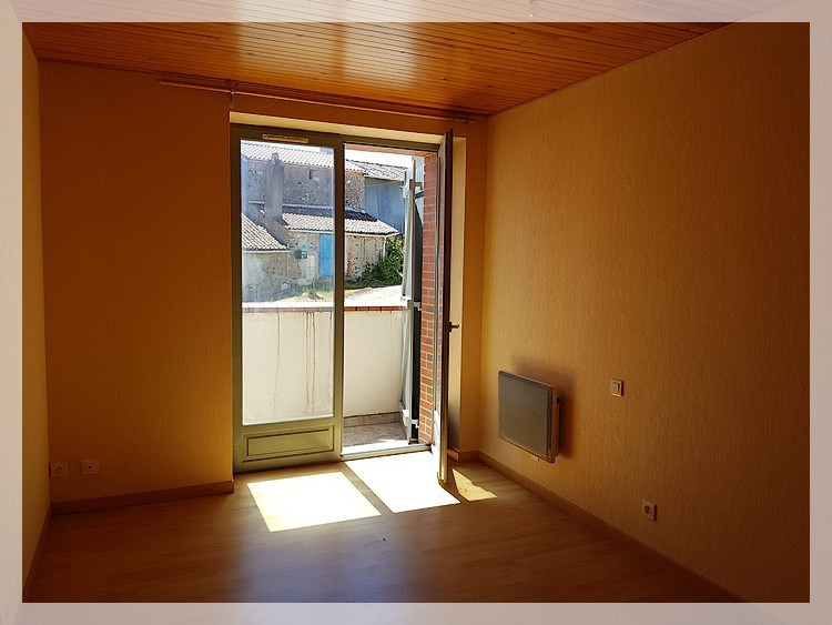 Location maison / villa Bouzille 520€ CC - Photo 5