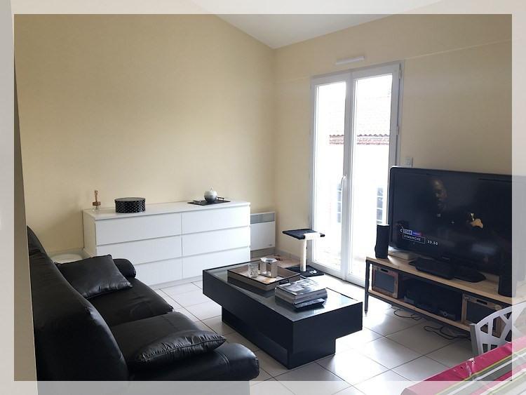 Rental apartment Saint-christophe-la-couperie 320€ CC - Picture 1